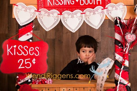 valentines photo booth valentine s mini sessions return of the booth