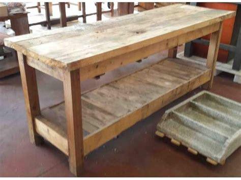 costruire un banco da lavoro in legno oltre 25 fantastiche idee su bancone in legno su