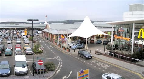 mcarthur glen bridgend postcode mcarthur glen designer outlets bridgend 169 nigel davies geograph britain and ireland