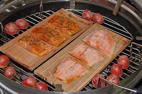 Lachs Auf Dem Grill Rezept 5111 by Lachs Auf Zedernholzplanken Rezept Mit Bild