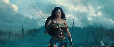 film seri wonder woman wonder woman review societyreviews