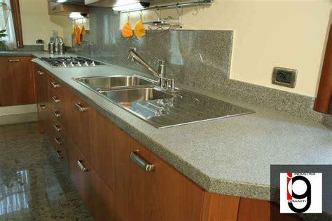 granito per cucina top cucina granito semplice e comfort in una casa di