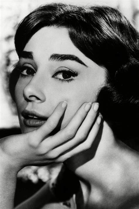 audrey hepburn face shape best celebrity eyebrows how to shape brows actresses