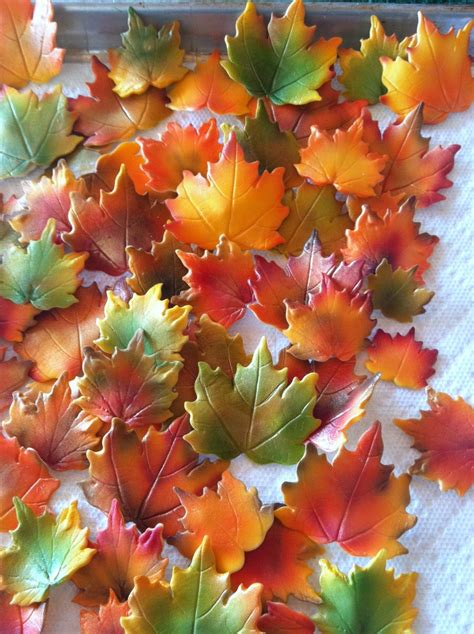 fall maple leaves cake decorations edible - Fall Leaves Cake Decorations