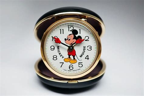 vintage clam shell bradley mickey mouse mechanical travel alarm clock mickey mouse
