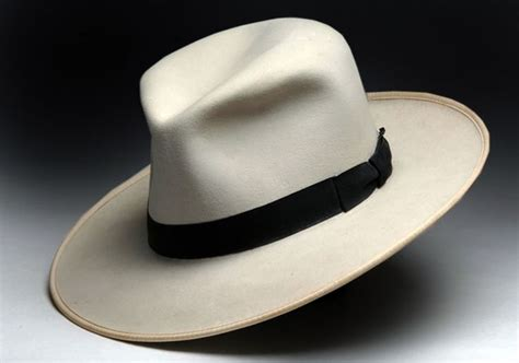 Aw08 Trends Great Big Hats In by Best 25 Fedora Ideas On Hats For