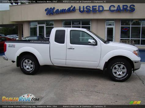white nissan frontier 2006 nissan frontier nismo king cab avalanche white blue