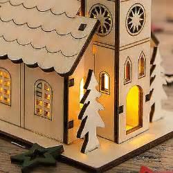 weihnachtshaus mit led beleuchtung kirche mit led beleuchtung lichthaus weihnachtshaus