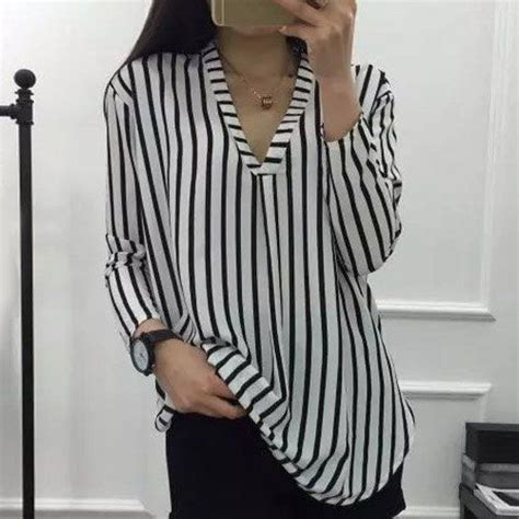 3 4 Sleeve V Neck Striped Blouse 25 best ideas about striped blouses on