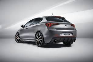 Julietta Alfa Romeo Facelifted Alfa Romeo Giulietta Debuts With Modest Updates