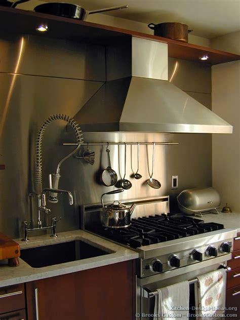 custom portfolio of kitchens countertops