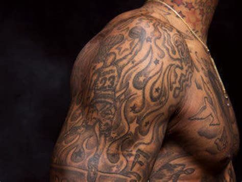 jr smith tattoo j r smith s pays homage to vince