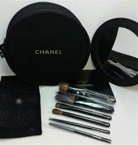 Sajadah Mini Set 2 7 best images about chanel makeup brushes on brush set minis and make up