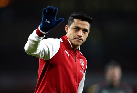 latest uk and world news sport and comment daily express man utd news alexis sanchez snubbed by arsenal s players