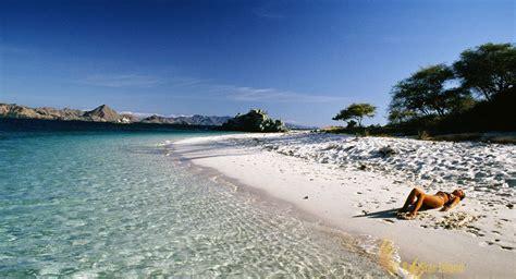bidadari island labuan bajo komodo national park