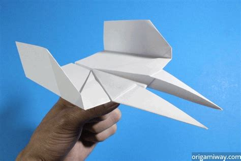 Make Paper Airplanes - how to make paper airplanes