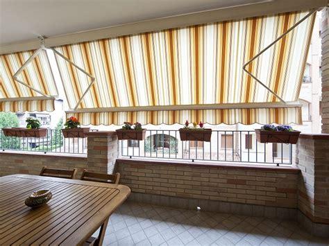 tende da sole per terrazzi tende per terrazzi a bracci tende per copertura chiusura