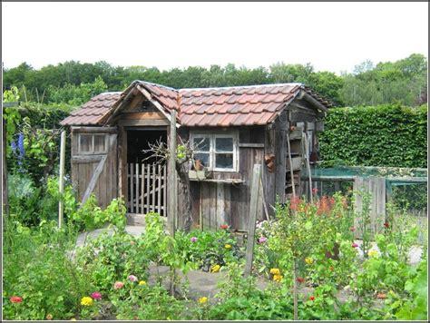 Gartenhaus Dach Renovieren by Gartenhaus Renovieren Gros Altes Gartenhaus Renovieren