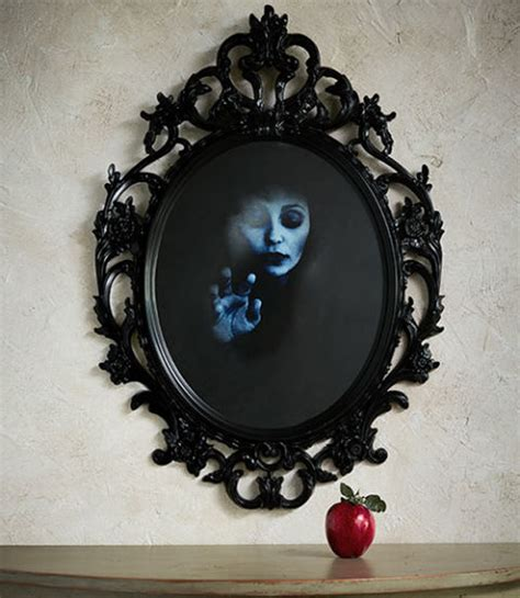 mirror craft projects 5 spooky and creative diy craft projects