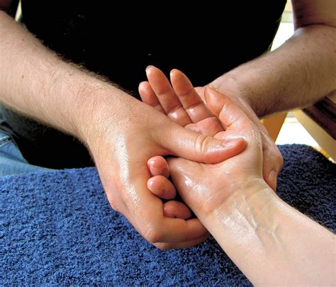 comforting hands massage six ways to overcome dental anxiety and phobia consumer