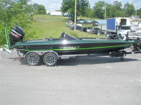 bullet boats merchandise 2016 bullet 21xrs 22 foot 2016 boat in white bluff tn