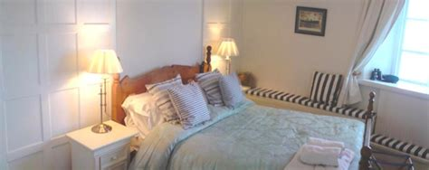 bed and breakfast newport west usk lighthouse bed and breakfast accommodation newport