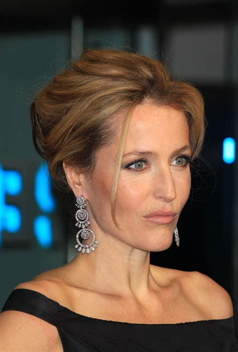 soft updos for mother of the bride wedding hairstyles pinned back twist gillian anderson