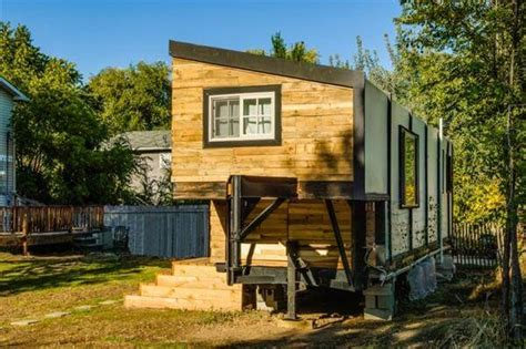 Tiny Pallet House With Flatbed Trailer Flatbed Trailer For Tiny House