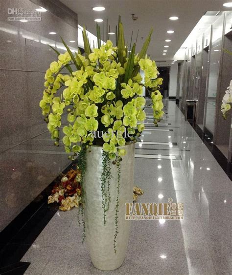 Large Vase Decoration Ideas by 25 Best Ideas About Floor Vases On Decorating
