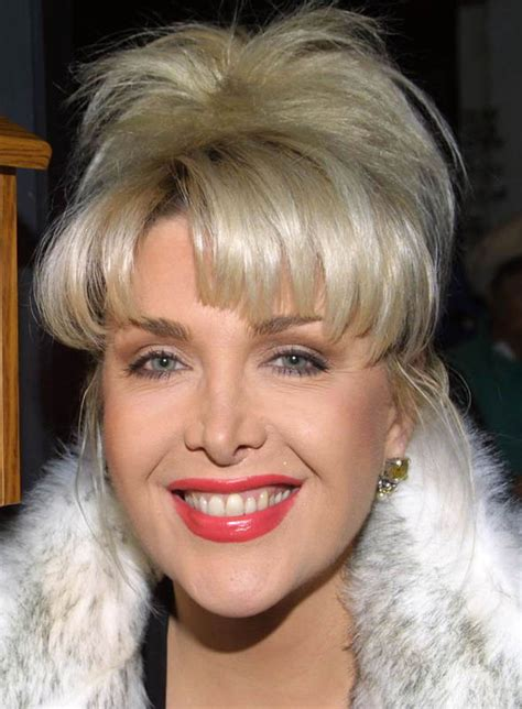 gennifer flowers donald trump to enrage hillary clinton by inviting