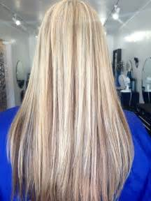 simple guides to bleach blonde hair with lowlights