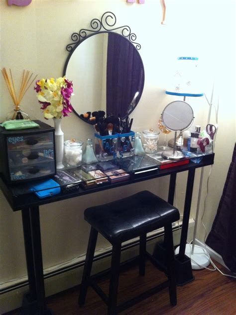 Build Your Own Vanity Table by When In Doubt Make Your Own Vanity Table