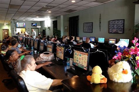 How To Win At Internet Cafe Sweepstakes - internet cafes face crackdown on gambling wsj