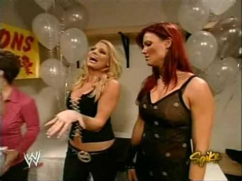 trish stratus gail kim 2004 08 16 raw 1 lita trish stratus gail kim jazz