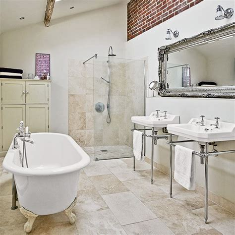 show me bathroom designs accente shabby chic intr o casa din marea britanie