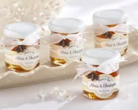 Amazing Personalized Mason Jar Wedding Favors #4: Personalized-mini-honey-containers-wedding-favors.jpg