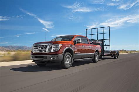 nissan titan gooseneck hitch nissan titan xd 2016 motor trend truck of the year finalist