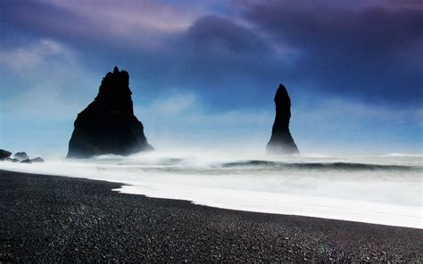 black sand beach iceland black sand beach vik iceland the beauty of travel