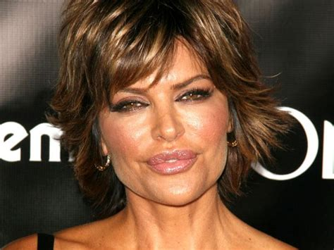 how to cut lisa rinnas haircut 66 best images about lisa rinna hairstyle on pinterest