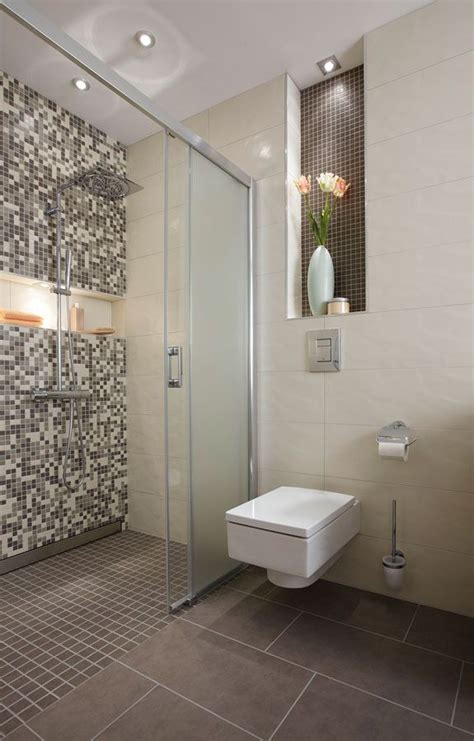 ideen badezimmer fliesen badezimmer fliesen steinoptik dusche gispatcher