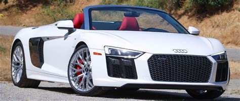 AudiBoost Why is the 2017 Audi R8 Spyder so fat? 3920 pound curb weight, full test numbers