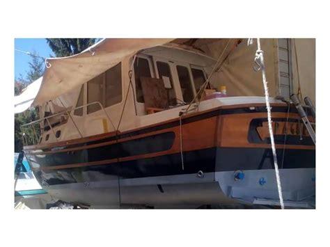 barche cabinate usate pilotina paguro in lombardia imbarcazioni cabinate usate