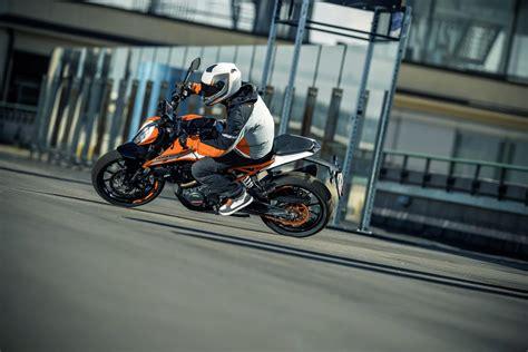 Motorrad 125 Ccm Duke by Ktm 125 250 Duke 2017 Motorrad Fotos Motorrad Bilder
