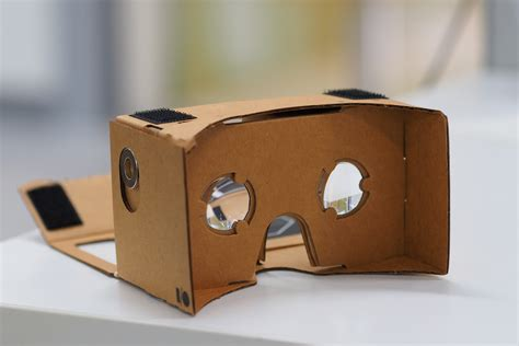 Vr Cardboard goes high end for its new reality headset
