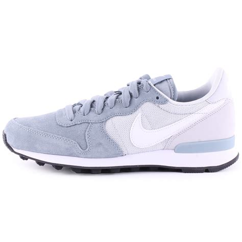 gray shoes grey white womens nike internationalist shoes