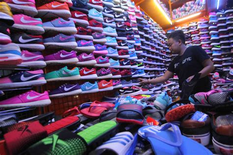 Harga Sepatu Macbeth Original Di Jakarta surganya sepatu di jakarta taman puring jakarta