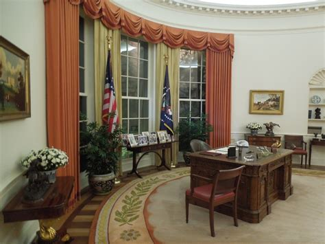 reagan oval office president reagan oval office interior