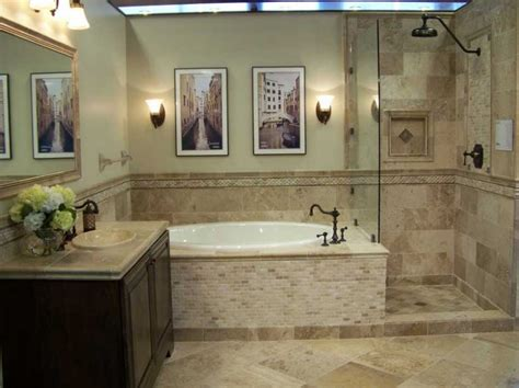 Decorating Ideas For Master Bathrooms by Best 20 Elegant Small Bathrooms Elegant Small Bathroom In