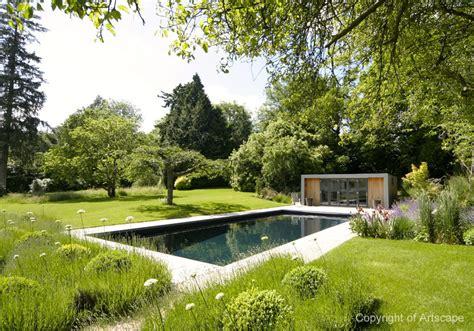 garden design  contemporary swimming pool