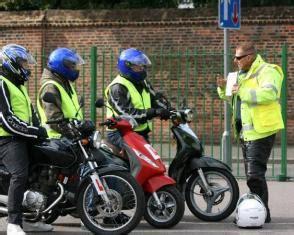 motosiklet ehliyeti  sinifi ehliyet nasil alinir